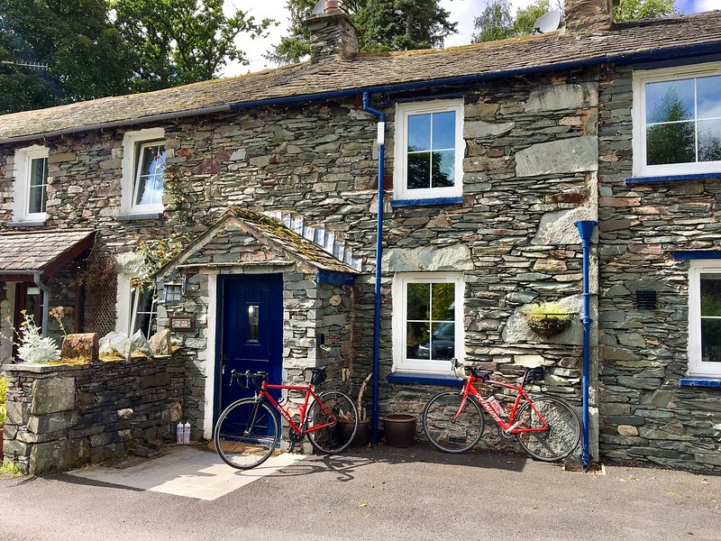 The Old Cop Shop - Family-friendly cottage within walking distance of Glenriddin, holiday rental in Dockray