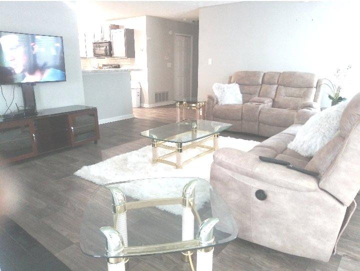 Entire 2 bedroom near suntrust park Atlanta, aluguéis de temporada em Smyrna