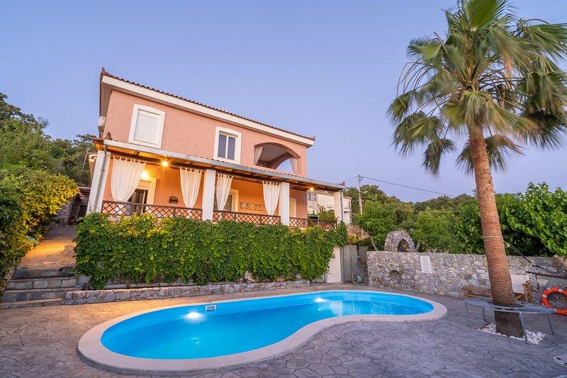Dryades Villa, Armeni Rethymno, vacation rental in Kato Valsamonero