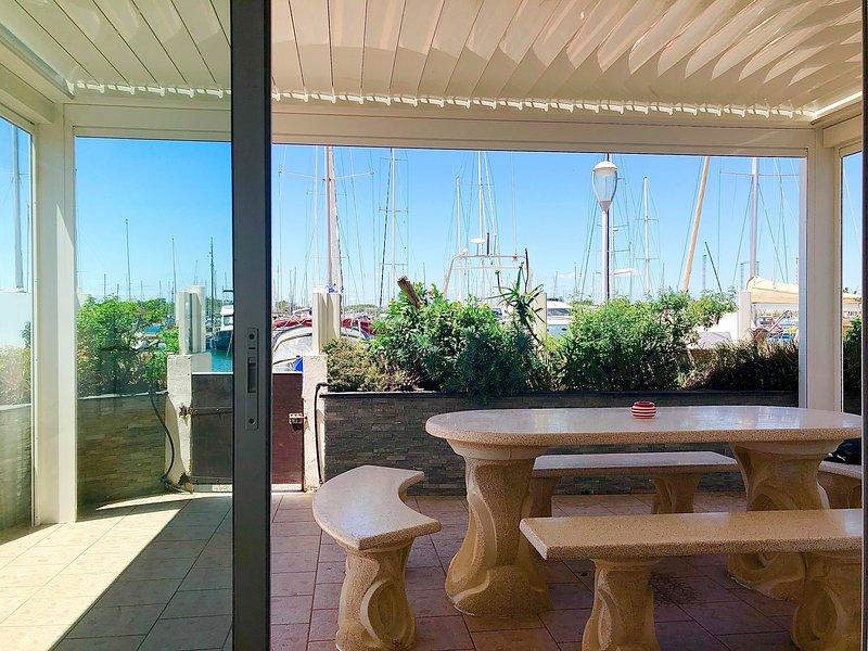 Appartement RDC, T3/4, sur marina 6 pers, 100m de la plage, alquiler vacacional en Cap-d'Agde