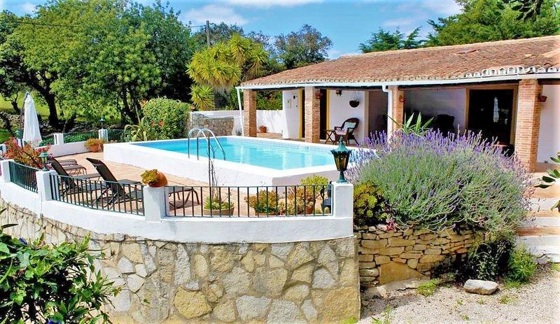 Algarve Summer villa, location de vacances à Querenca