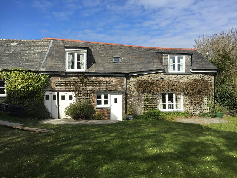 Lower Trevorgus Garden Cottage, holiday rental in Padstow