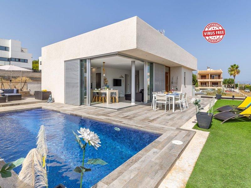 Modern boutique style Villa with pool Son Serra Marina, Mallorca, holiday rental in Son Serra de Marina
