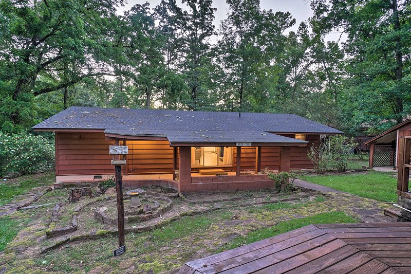 This cozy Avinger vacation rental house offers fun on the lake.