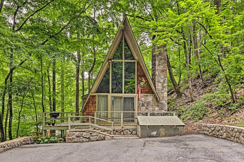 Set in the trees, this quiet cabin offers plenty of peace and privacy.