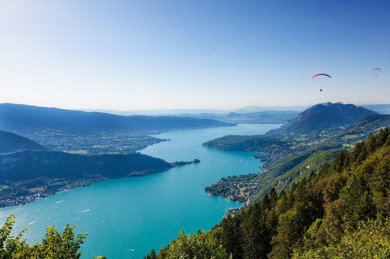 T4 Logement entier avec vue  à 180 degrés, holiday rental in Annecy-le-Vieux