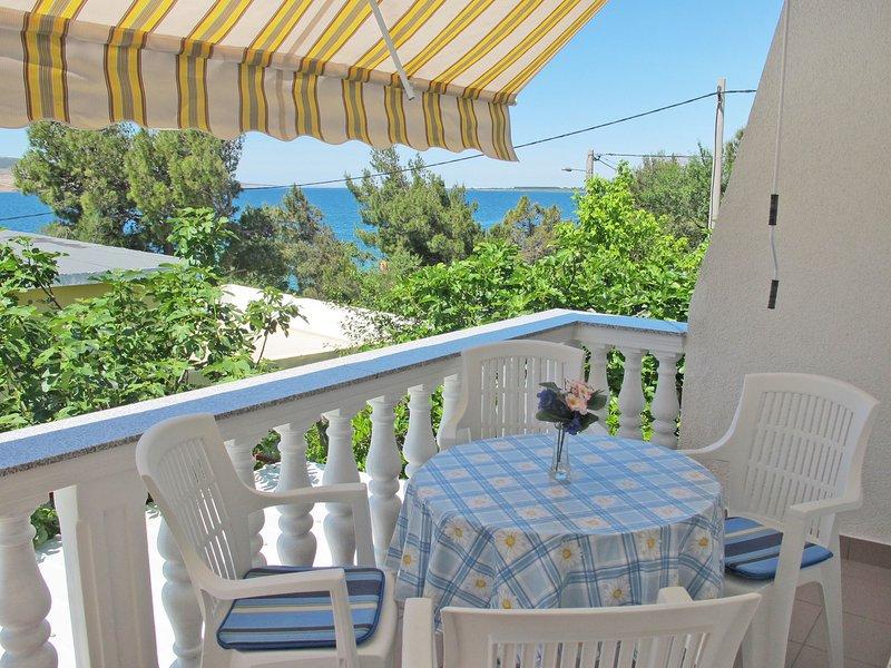 House Lukic (SRD302), vacation rental in Rovanjska
