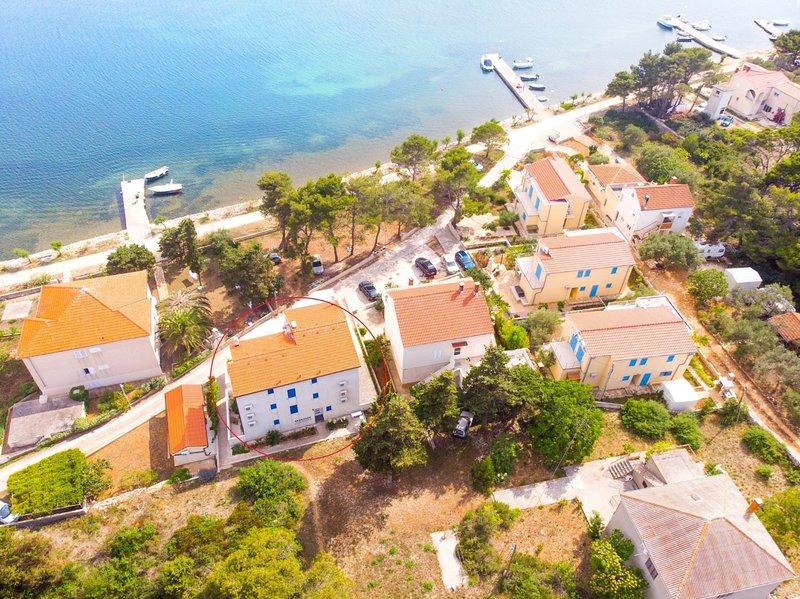 Goran - 30m close to the beach: A1(2+2) - Verunic, casa vacanza a Veli rat