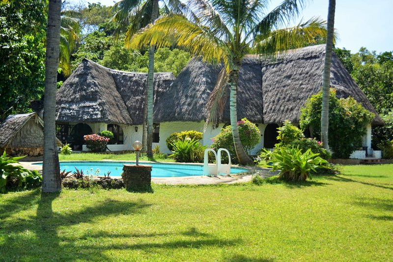 Fastcare Bavaria Cottage, holiday rental in Vipingo