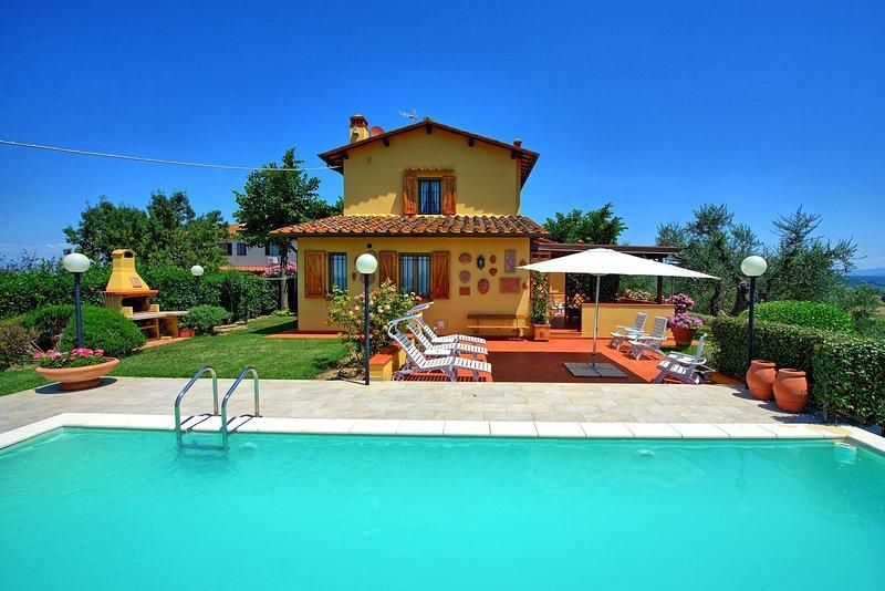 Leoni Villa Sleeps 7 with Pool - 5841870, vacation rental in San Vincenzo A Torri