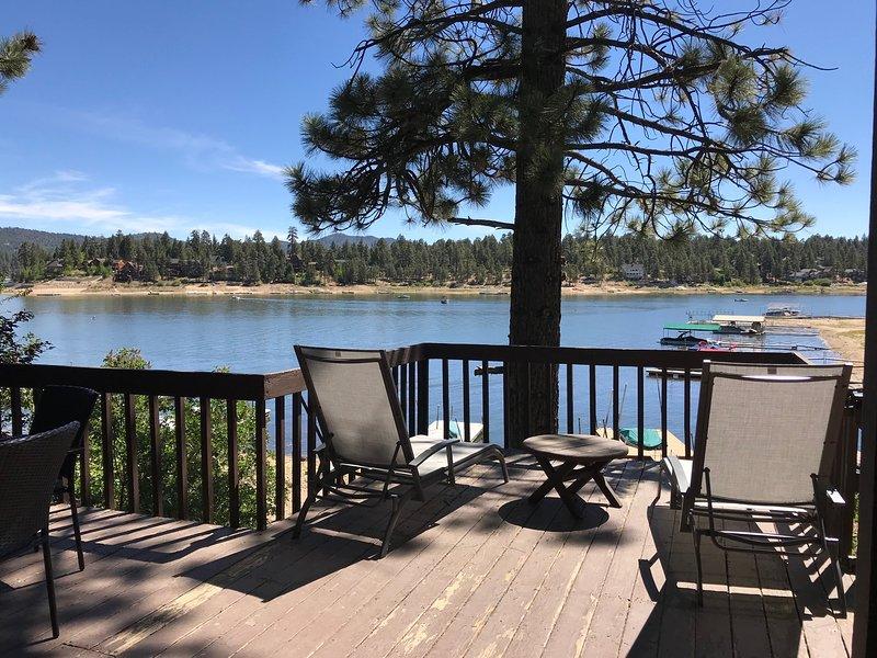 Lakefront Mountain Retreat, alquiler de vacaciones en Angelus Oaks