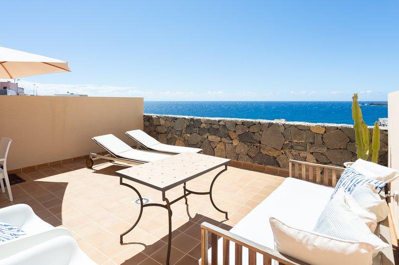 South facing duplex, marvellous sea views, holiday rental in Poris de Abona