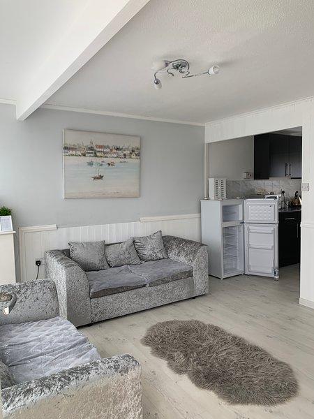 2 bedroom chalet for rent, alquiler de vacaciones en California