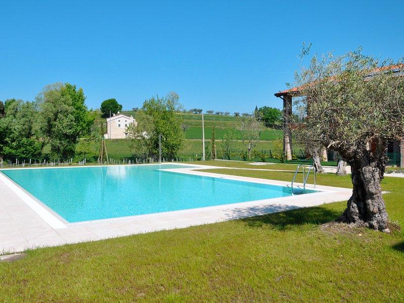 I Molini (LAZ595), vacation rental in Cola