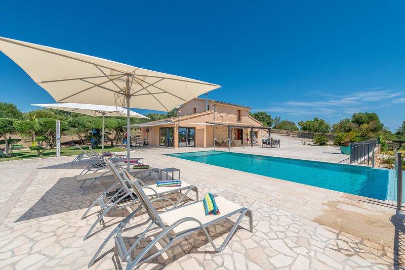 SON VADOR - Villa for 6 people in SANTA MARGALIDA, vacation rental in Santa Margalida
