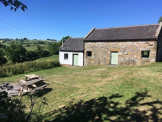 Waterslacks Camping Barn, Fenns Farm Accommodation, Peak District, Manifold, vacation rental in Wetton