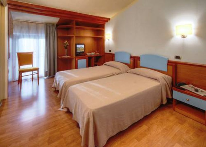 Ostello Settecolli Sport - Stanza Doppia 103, holiday rental in Filottrano