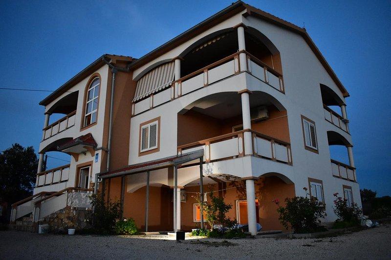 One bedroom apartment Vrsi - Mulo, Zadar (A-18164-b), holiday rental in Vrsi