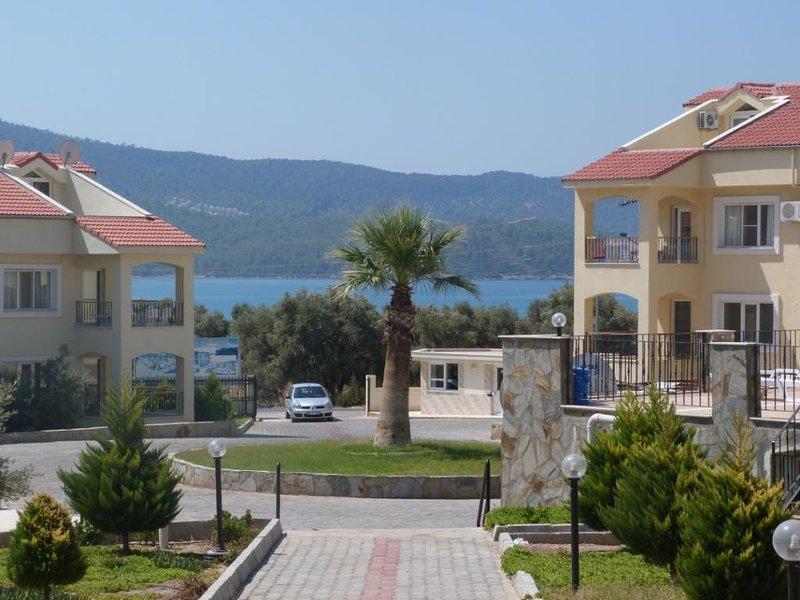 Summer Duplex, location de vacances à Akbuk
