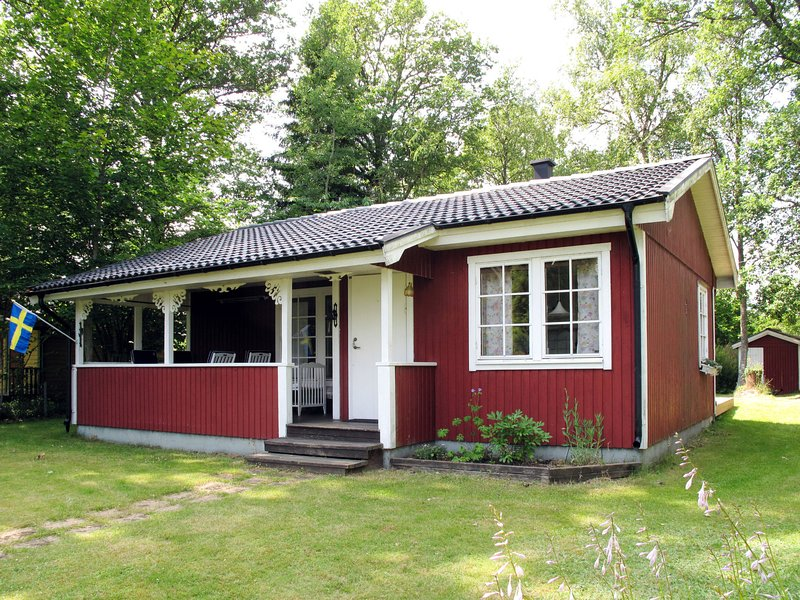 Lisebro (SND122), vacation rental in Tvetaryd