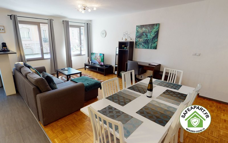 OBYHALLES *** 2 chambres + option PARKING, casa vacanza a Lampertheim