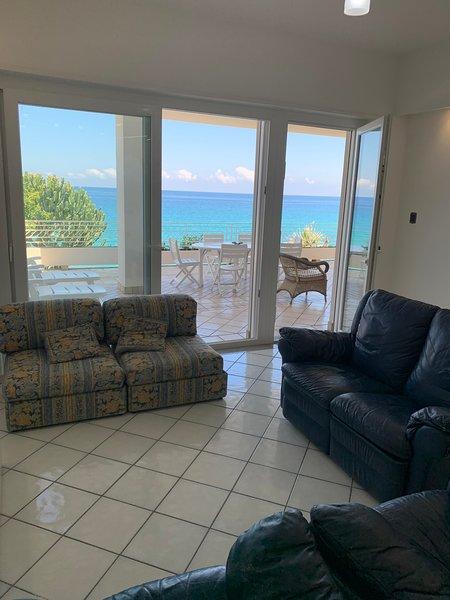 Villa Laura PT - sul mare, holiday rental in Pizzo