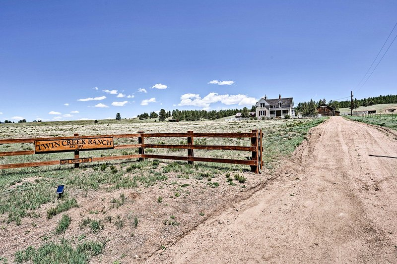 Enjoy your stay at Twin Creek Ranch!