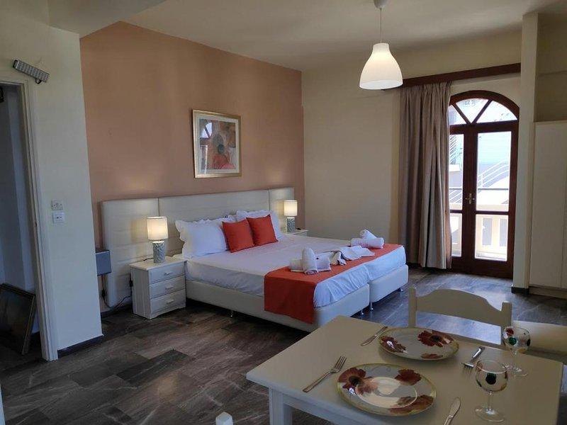 Creta Sun Studios room 32, holiday rental in Daratsos
