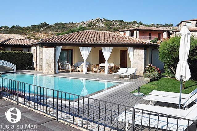 Villa Stefania, Sea View and Private Swimming Pool, vacation rental in San Teodoro