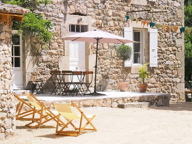Poussez les portes de l'enchantement à Monepiat..., holiday rental in Boffres