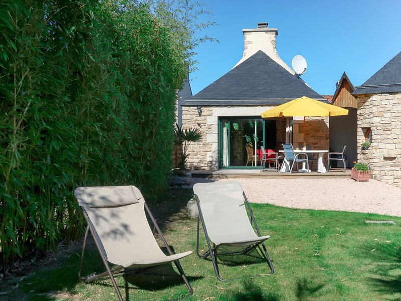 Les Bambous (GUI110), holiday rental in Lesneven