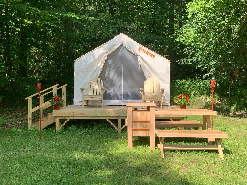 Tentrr Signature Site - On Golden Pond, vacation rental in Haverhill