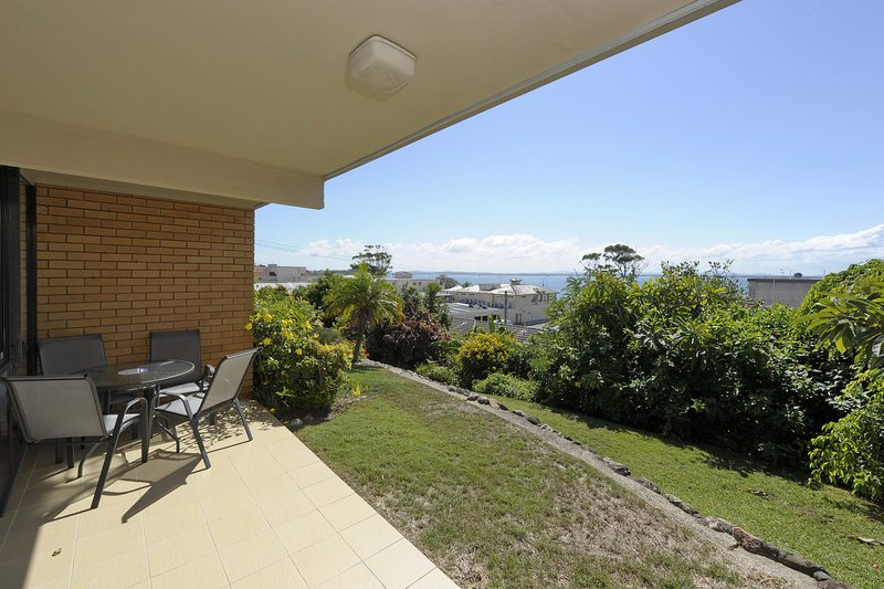 The Crest,  Unit 5/6-8 Tomaree Road, vacation rental in Greater Newcastle