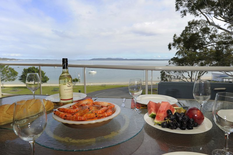 Florentine,  Unit 16/11 Columbia Close, holiday rental in Nelson Bay