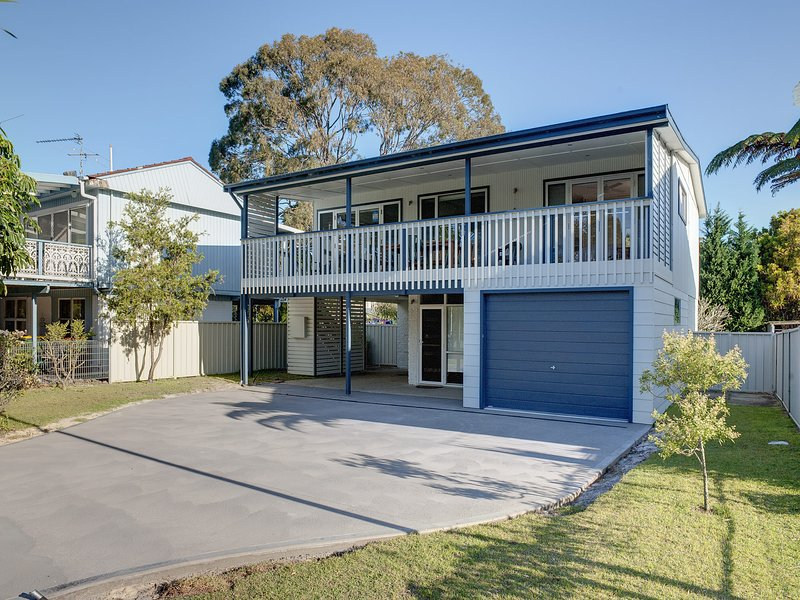 JB's, 43 Ajax Avenue, holiday rental in Nelson Bay