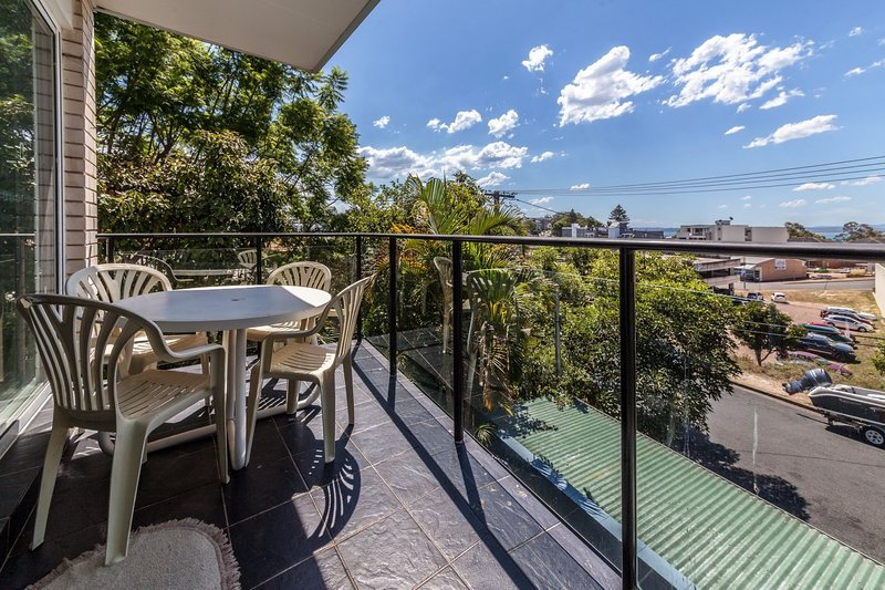 Sunset Towers, Unit 2/25 Donald Street, holiday rental in Nelson Bay