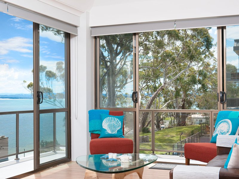 The Poplars, Unit 30/34 Magnus Street, holiday rental in Nelson Bay