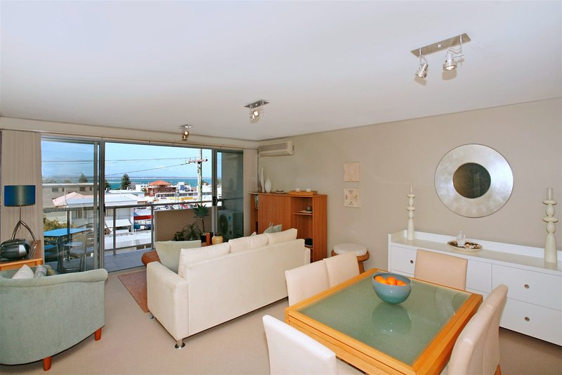 Bayview Apartments, Unit 7/42 Stockton Street, holiday rental in Nelson Bay