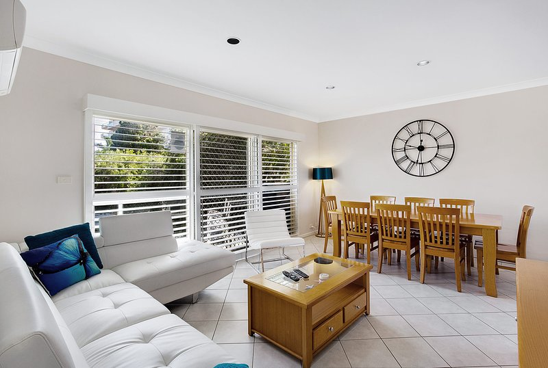 Sandy Shores, 1/3 Messines Street, holiday rental in Shoal Bay