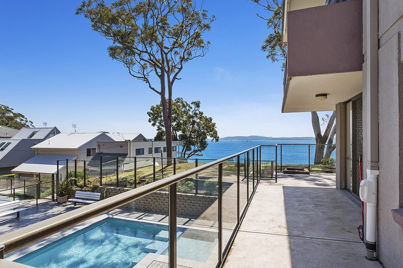 The Poplars,  Unit 2/36 Magnus Street, holiday rental in Nelson Bay