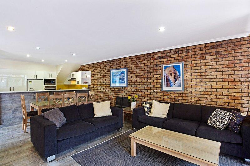 Kurrawa Close, 2/14 - Nelson Bay, NSW, holiday rental in Nelson Bay