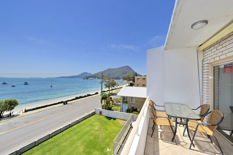 Del Rae,  Unit 12/25 Shoal Bay Road, vacation rental in Greater Newcastle