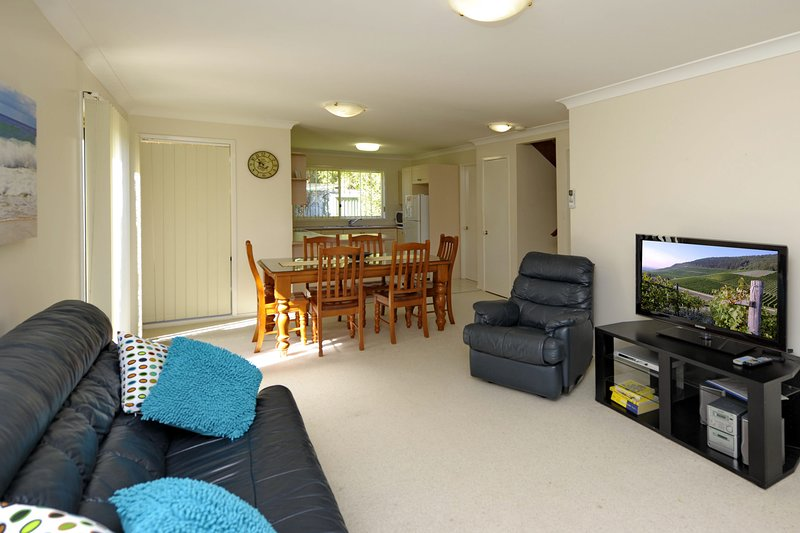 Pebble Parade,1/8 - Fingal Bay, NSW, vacation rental in Greater Newcastle