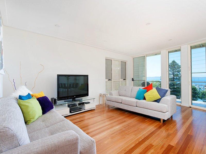 Borboleta, Unit 1/72 Magnus Street, holiday rental in Nelson Bay