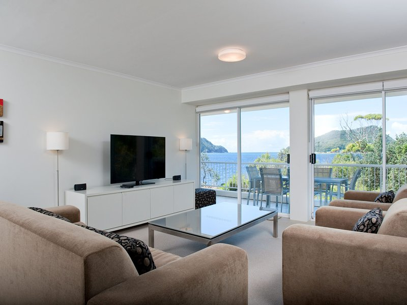 Albacore, Unit 5/12 Ondine Close, holiday rental in Nelson Bay