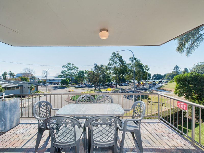 Tradewinds, Unit 4/110 Victoria Parade, holiday rental in Nelson Bay