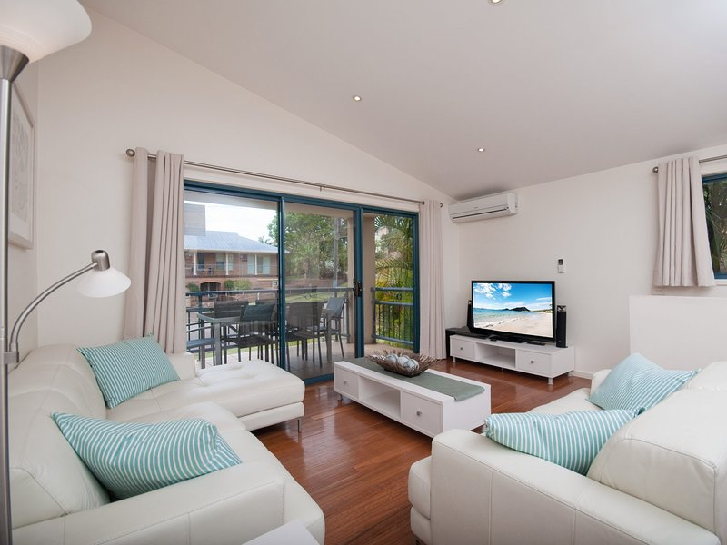 Starfish Lodge, 1/1A Messines Street, holiday rental in Shoal Bay
