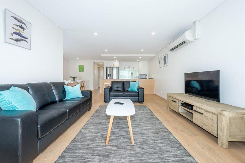 The Shoal,  Unit 203/8 Bullecourt Street, holiday rental in Shoal Bay