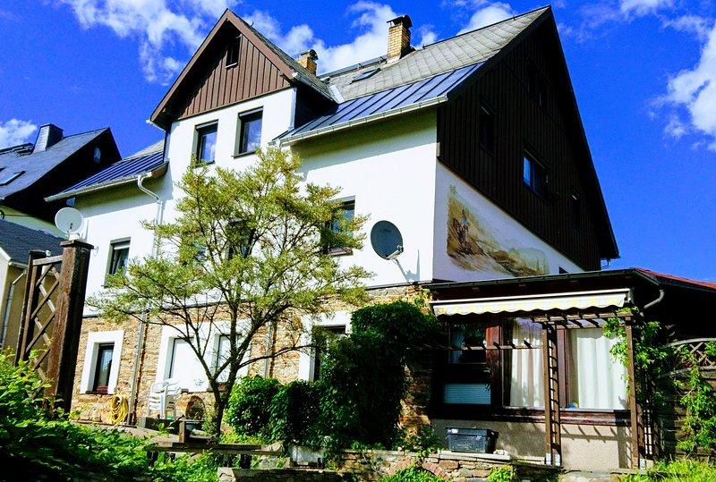 Ferienwohnung Rothen-Adler, casa vacanza a Crottendorf