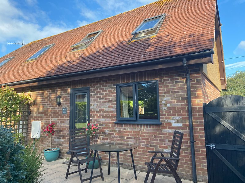 Mole Hill Cottage, holiday rental in Horton